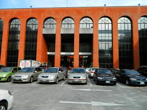 展覽廳建築整修後